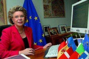 Vivienne Reding e la Commissione Europea contro la privacy di Big G