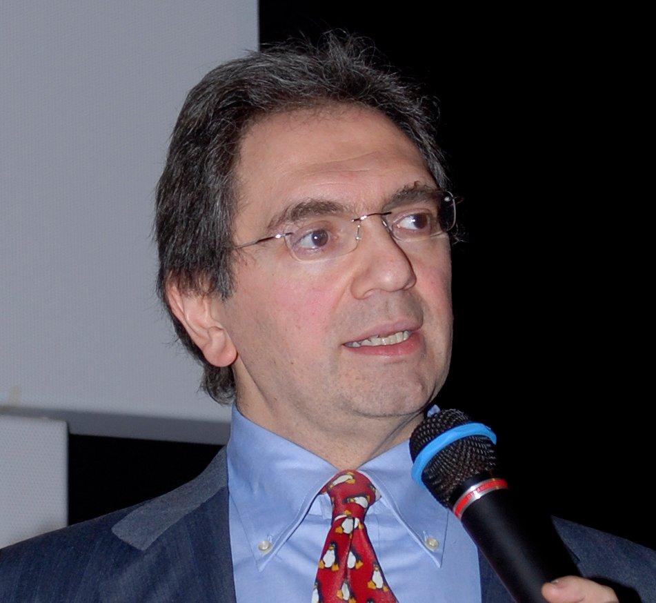 Linux Day 2012: Renzo Davoli gioca con il Raspberry Pi