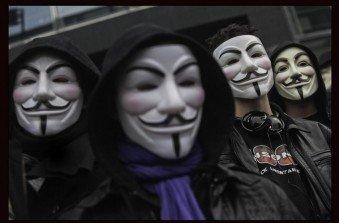 Operazione vendetta di Anonymous: illeso Paypal