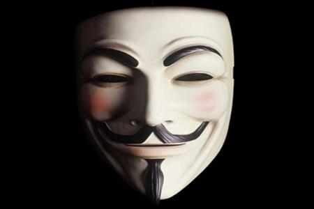 """Anonymous promette battaglia per il nuovo anno: """"Expect us 2013"""""""