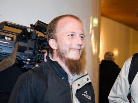Uno dei fondatori di The Pirate Bay condannato a due anni