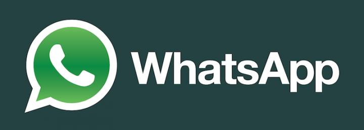 WhatsApp è down e la Rete ironizza